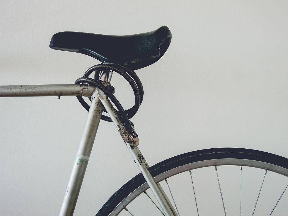 Fahrrad mit Schloss